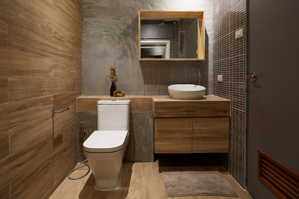 Bathroom with wood planks - 2021 Bathroom Tile Trends